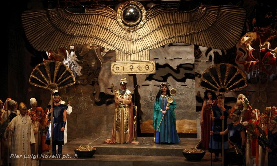 19 novembre: Aida